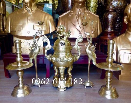 Ngũ sụ đúc đồng vàng